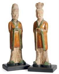 TWO CHINESE SANCAI-GLAZED POTT