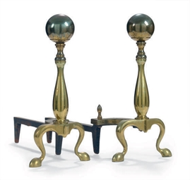 A PAIR OF BRASS BALL FINIAL AN