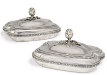 A PAIR OF LATE VICTORIAN SILVER ENTREE DISHES OF MID 18TH CENTURY STYLE