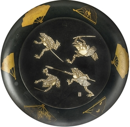A JAPANESE LACQUER DISH