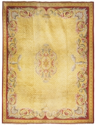 A LARGE SAVONERRIE CARPET, POS