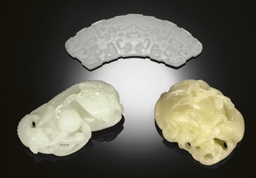 THREE SMALL JADE CARVINGS