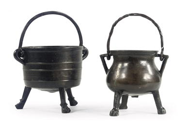 A SMALL BRONZE CAULDRON