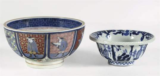 A pair of Japanese Namban bowl