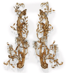 A PAIR OF ITALIAN GILT AND CRE