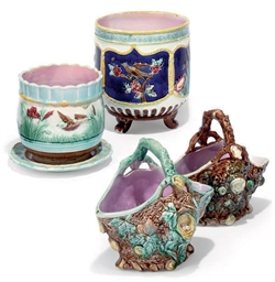 AN ENGLISH MAJOLICA JARDINIERE