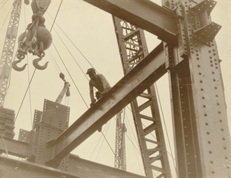 Workers on the Empire State Bu