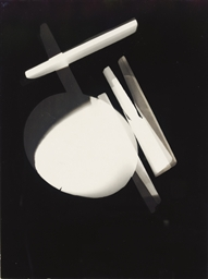Untitled photogram, Dessau, 19