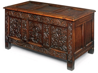 A CHARLES I OAK PANELLED CHEST