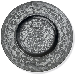 A CHARLES II ENGRAVED PEWTER C