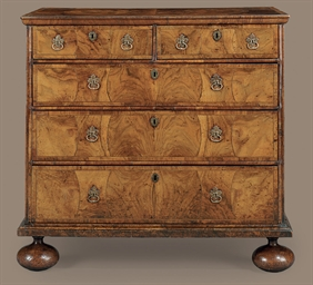 A QUEEN ANNE INLAID-WALNUT CHE