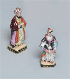 TWO SMALL PORCELAIN FIGURES OF