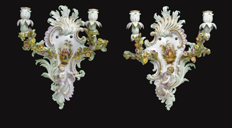 A PAIR OF MEISSEN TWO-LIGHT WA