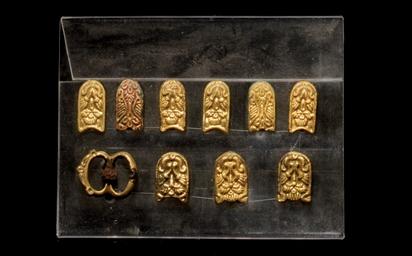 A GROUP OF MONGOL GOLD BELT FI