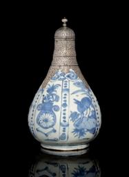 A MING WENG LI BLUE-AND-WHITE
