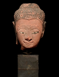 A AYUTTHAYA RED SANDSTONE HEAD