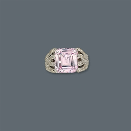 A KUNZITE AND DIAMOND RING, BY