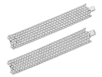 A PAIR OF DIAMOND BRACELETS, B