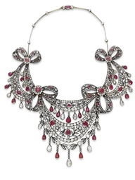 AN ANTIQUE DIAMOND AND RUBY NECKLACE
