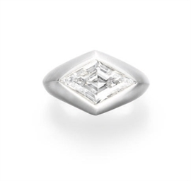 A DIAMOND RING, BY FRED LEIGHT