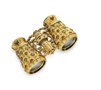 **A PAIR OF ANTIQUE IVORY, ENAMEL AND GOLD OPERA GLASSES