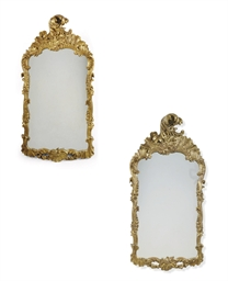 A PAIR OF GERMAN GILTWOOD GIRA