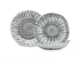 THREE ITALIAN SILVER FLOWER-FO