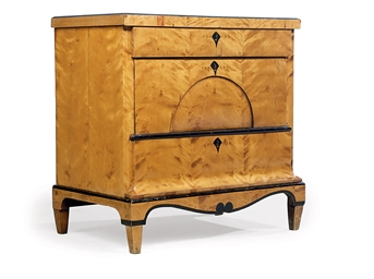 COMMODE D'EPOQUE BIEDERMEIER