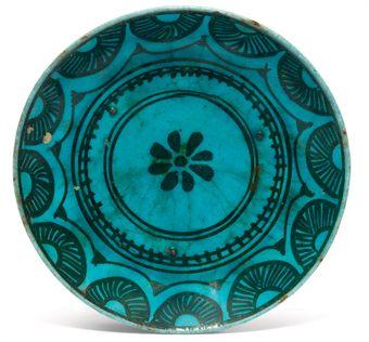 Bol a decor grave et petit plat peint sous glacure bleu - Decoration bleu turquoise ...