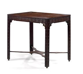 TABLE D'EPOQUE VICTORIENNE, D'