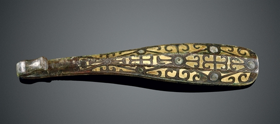 A RARE GOLD-INLAID BRONZE BELT