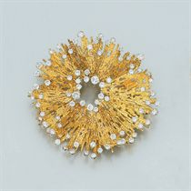 An 18ct. Gold and Diamond Brooch, by Andrew Grima
