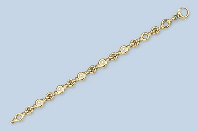 A DIAMOND BRACELET, BY CHOPARD