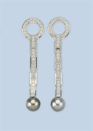 A PAIR OF DIAMOND EARRINGS, BY