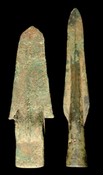 A BRONZE GE BLADE, SHANG DYNAS