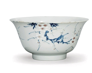 A CHINESE PRUNUS BOWL