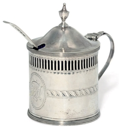 A GEORGE III SILVER DRUM MUSTA