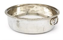 A GEORGE III SILVER VEGETABLE-DISH