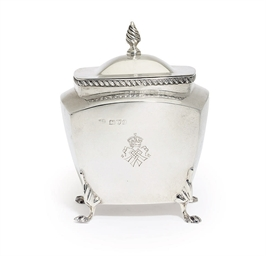 A VICTORIAN SILVER TEA-CADDY