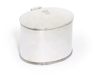 A GEORGE V SILVER TEA-CADDY