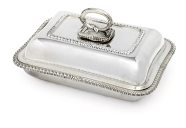 A SILVER-PLATED ENTREE-DISH, C