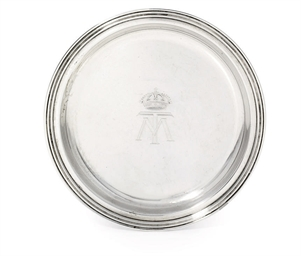 AN ITALIAN SILVER ASHTRAY