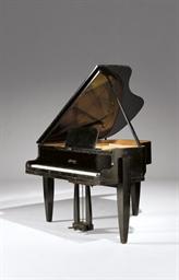 PIANO MODERNE DE LA MAISON LAB