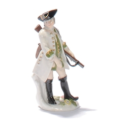 A MEISSEN FIGURE OF A HUNTSMAN