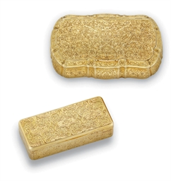 TWO GOLD SNUFF-BOXES: ONE ITAL