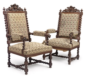 A PAIR OF FLEMISH CARVED OAK A