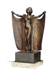 AN AUSTRIAN EROTIC BRONZE FIGU