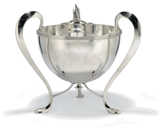 A LARGE EDWARDIAN SILVER THREE