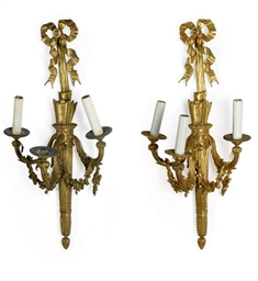 A PAIR OF LARGE NAPOLEON III G
