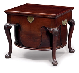 A GEORGE II MAHOGANY WINE COOL